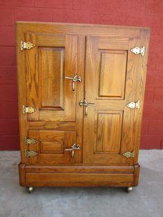 American Antique Ice Box Antique Refrigerator Antique Furniture & Urban home gets farm-style charm with clever storage decor ideas ... Aboutintivar.Com