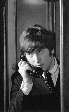 1964 - John Lennon in A Hard Day's Night film. Can he be calling me, please? Love John Lennon, John Lennon Beatles, The Beatles, John Lennon Quotes, Julian Lennon, Beatles Photos, Night Film, A Hard Days Night, The Fab Four