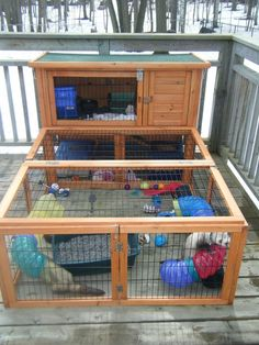 I wouldn't have my little guys outside when it's cold enough to snow, but this is a pretty awesome cage!