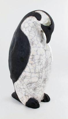 Mother bear and her cubs Raku penguin Cécile Mulon Clay Birds, Ceramic Birds, Ceramic Animals, Clay Animals, Ceramic Art, Art Sculpture, Pottery Sculpture, Animal Sculptures, Raku Pottery