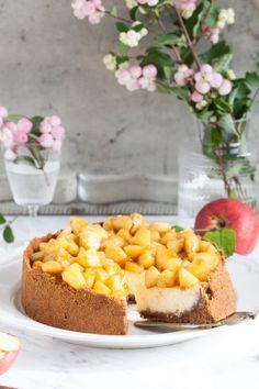 Apfel Käsekuchen mit Amarettiniboden - Apple Cheesecake Herbstkuchen ichbacksmir