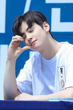 Astro Wallpaper, Cha Eun Woo Astro, Eunwoo Astro, Kpop, Ji Chang Wook, Korean Artist, Boyfriend Material, My Sunshine, Korean Actors