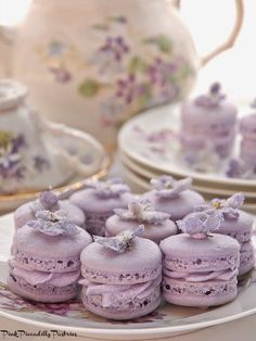 Pink Piccadilly Pastries: Violet Macarons for Te