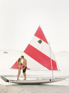 I sailed one of these as a child- it was green. I love Sunfish. I want to go sailing again.