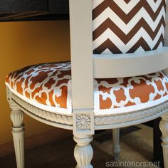 Tips for Using Annie Sloan Chalk Paint by @Jenna_Burger