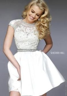 Shop prom dresses and long gowns for prom at Simply Dresses. Floor-length evening dresses, prom gowns, short prom dresses, and long formal dresses for prom. Grad Dresses Short, Cute Dresses, Beautiful Dresses, Sherri Hill Homecoming Dresses, Prom Dresses, Quince Dresses, Formal Dresses, Wedding Dresses, Tulle Prom Dress