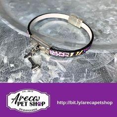 The perfect gift for your pet lover! Dog Lover Gifts, Dog Lovers, Crazy Dog, Pet Shop, Dog Life, Instagram Dog, Handmade Bracelets, Dog Breeds, Jewelry Design