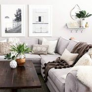 Having small living room can be one of all your problem about decoration home. To solve that, you will create the illusion of a larger space and painting your small living room with bright colors c… Earthy Living Room, Modern Living Room Colors, Family Room Colors, Modern Farmhouse Living Room Decor, Living Room Color Schemes, Cozy Living, Farmhouse Style, Industrial Farmhouse, Family Rooms
