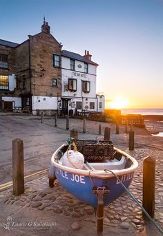 Robin Hoods Bay Sunrise At The Bay Hotel - The North Yorkshire Gallery Yorkshire England, Yorkshire Dales, North Yorkshire, Visit Yorkshire, Places To Travel, Places To See, Robin Hoods Bay, Northern England, Collor