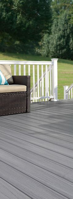 Even if you've never picked up a power tool, you can create the perfect deck with our free deck design tool. (Paramount PVC Decking shown in Flagstone)