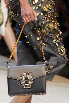 e761f3cbfcd7 27 najlepších obrázkov z nástenky Dolce   Gabbana