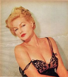 Julie Newmar In Playboy, Photos And On Growing Old - Flashbak Classic Actresses, Beautiful Actresses, Actors & Actresses, Julie Newmar, Old Actress, American Actress, See Julie, Pin Up Pictures, Hot Country Girls