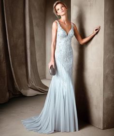 2b686e7f1623 44 Astonishing And Vibrant Cocktail Dress Collection launched by Pronovias