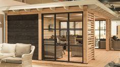 Prachtig! Met lamellen en zwarte stalen kozijnen. Ook omdat we binnen in ons huis ook zwarte stalen deuren met glas krijgen.