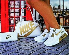 I love these nike air athletic sneakers ! Gold Nike Shoes, Nike Air Shoes, Nike Gold, Sneakers Fashion Outfits, Nike Fashion, Nike Outfits, Fashion Shoes, Womens Fashion, Cute Sneakers