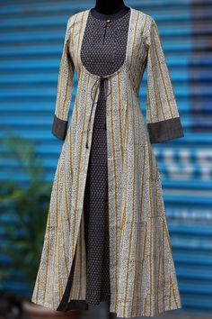 Buy Maati Crafts Off White Cotton Printed Jacket Style Anarkali Kurti online in India at best price.we bring you an eclectic mix of ajrakh & bagru in contemporary mughal choga styling! Salwar Designs, Kurta Designs Women, Blouse Designs, Kurti With Jacket, Jacket Style Kurti, Jacket Dress, Abaya Mode, Kurti Styles, Hijab Stile