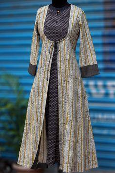 Maati Crafts Off White Cotton Printed Jacket Style Anarkali Kurti
