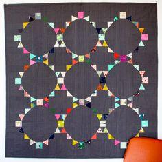 Fun circle quilt. Roundabouts - The Pattern   badskirt
