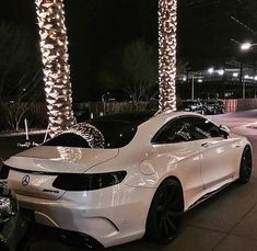 Shared by Neyla ♕ باميلا. Find images and videos about luxury, car and mercedes on We Heart It - the app to get lost in what you love. Dream Cars, My Dream Car, Sexy Cars, Hot Cars, Mercedes Benz G, Automobile, Bmw Autos, Car Goals, Fancy Cars