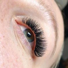Eyelash Extension Training, Eyelash Extension Supplies, Best Lash Extensions, Eyelash Extensions Styles, Beauty Loft, Russian Volume Lashes, C Curl, Best Lashes, Natural Make Up