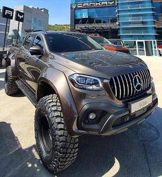 Mercedes Truck, Mercedes Benz Trucks, Benz Car, Daimler Ag, Offroader, Automobile, Lexus Cars, Fancy Cars, Import Cars