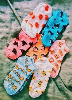 𝘧𝘰𝘭𝘭𝘰𝘸 𝙖𝙝𝙚𝙖𝙫𝙚𝙣𝙡𝙮𝙬𝙖𝙮 𝘰𝘯 𝘱𝘪𝘯𝘵𝘦𝘳𝘦𝘴𝘵 𝘧𝘰𝘳 𝘮𝘰𝘳𝘦 ☻ Cute Socks are one of my favorite clothing articles. Funky Socks, Crazy Socks, Cute Socks, Awesome Socks, Happy Socks, Sock Shoes, Pyjamas, Scrunchies, Aesthetic Clothes