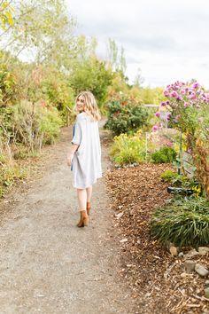 Magnuson Park Seattle Washington Senior Photo Session | What to wear to senior pictures | Mastin Labs Fuji 400N | Garden Photo Session | Senior Style Guide | Class of 2017 | Seattle Senior Photographer.jpg
