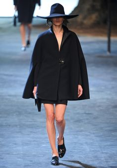 Lanvin Fall 2011 RTW - Review - Fashion Week - Runway, Fashion Shows and Collections - Vogue