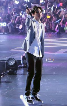yuee | do not edit.