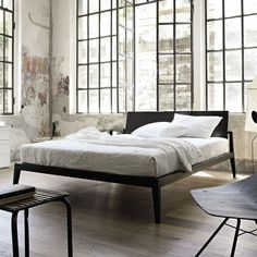 Letto matrimoniale / standard / moderno / in pelle THEO  LEMA Home