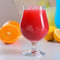 Personalisierbares Cocktailglas mit Blüten | design3000.de Design3000, Shops, Cocktail, Hurricane Glass, Tableware, Homes, Gifts, Tents, Dinnerware