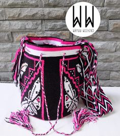 1 отметок «Нравится», 1 комментариев — Wayuu Bag สินค้านำเข้ามาเองค่ะ (@wayuuweekend) в Instagram: «New Arrival  Code : AL05 Bag : Size L High: 30 cm (+-2cm) Base 18x20 cm (+-2cm) Band :  Long: 110…»