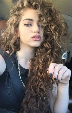 Dytto - teenage model and pop dancer. She's so confident, talented and gorgeous. GOALS