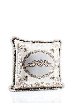 #Angel & #Medusa #Cushion