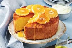 This easy mandarin cake is super moist thanks to sour cream and the syrup - it's the perfect treat for afternoon tea or dessert. Round Cake Pans, Round Cakes, Almond Recipes, Baking Recipes, Healthy Recipes, Mandarin Cake, Mandarin Juice, Mango Chicken Curry, Syrup Cake