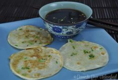 Domestic Diva: Failsafe Chinese Chive Pancakes with Dipping Sauce Chinese Dumplings, Fresh Chives, China, Savory Snacks, Light Recipes, Main Meals, Safe Food, Appetizer Recipes, Healthy Recipes