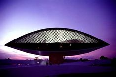 Oscar Niemeyer Museum in Curitiba by the man himself