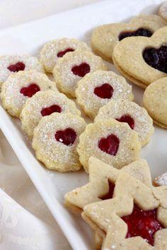 Täytetyt pikkuleivät (munaton) - Suklaapossu Cookies, Desserts, Food, Crack Crackers, Tailgate Desserts, Deserts, Biscuits, Essen, Postres