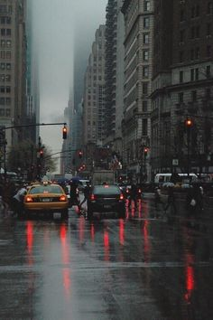 photography NYC city rain US architecture urban new york new york city USA building America United States city photography NY buildings fog foggy rainy big city riany mood Dark City, Night Aesthetic, City Aesthetic, Aesthetic Dark, Aesthetic Grunge, New York Rain, City Rain, Rainy City, Ville New York