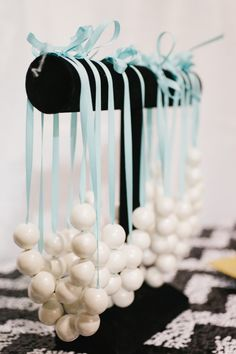 Breakfast+at+Tiffany's+Party+-16.jpg (1066×1600)