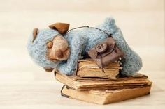 Pin by my little corner of the world on new | Pinterest by MyLittleCornerOfTheWorld Funny Squirrel Pictures, Little Corner, Lovely Smile, God Bless America, Peek A Boos, Summer Time, Art Gallery, Teddy Bear, World