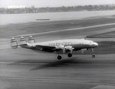 Lockheed L-049 Constellation of the TWA-Trans World Airline.