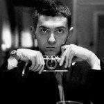 La fotografía ha formado parte fundamental de nuestra sociedad, utilizada a lo largo de la historia por grandes artistas. Conoce aquí 18 selfies históricas.