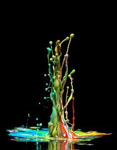 Liquid Art  Focus sur le photographe allemand Markus Reugels qui nous propose de découvrir de superbes clichés de projections d'eau grâce à cette série « Splash Photography ». Avec l'utilisation de couleurs vives, le rendu de ces différentes images sont à admirer en détails sur son portfolio dans la suite de l'article.