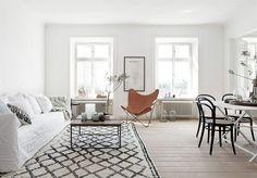 A light & white swedish apartment.