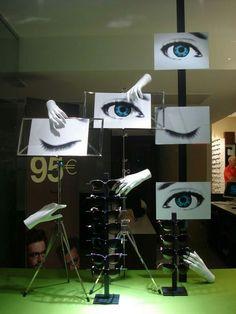 Shop Window Displays, Store Displays, Shop Interior Design, Store Design, Optometry Office, Glasses Shop, Optical Shop, Store Windows, Merchandising Displays