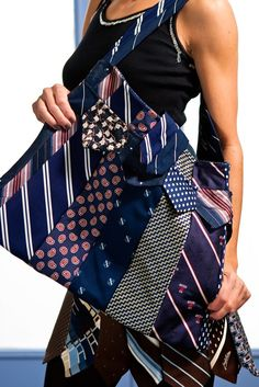 not a tutorial but still cool - Glamarita Necktie Purse in Navy and Red MADE TO ORDER