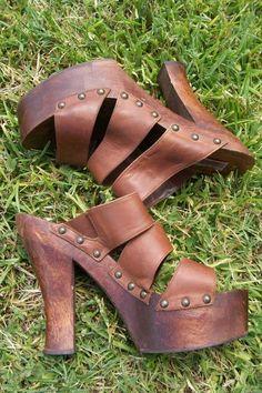 95bb4df00968 FLASH SALE        Platform Vintage 70s Leather and Wood WILD Pair Rare  Hippie Boho High Heel Sandal Sz 9 40