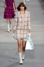 Chanel - RTW - SS 2014 - Runway Show | TheImpression.com