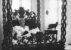 cleo from 5 to 7 Vintage Photography, Love Photography, Corinne Marchand, Boudoir, Agnes Varda, French New Wave, Film Home, 5 To 7, French Films